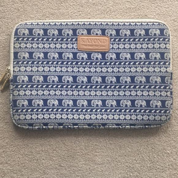 Kayond Bags   133 Elephant Laptop Sleeve   Poshmark 2511d65e66